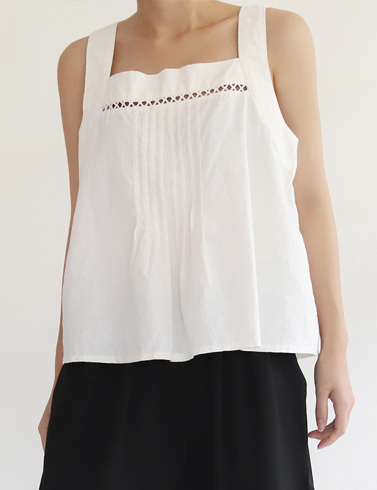 TUNNEL-LACE SLEEVELESS TOP (2COLOR)