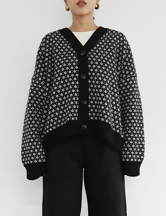 FLOWER JACQUARD CARDIGAN (2COLOR)