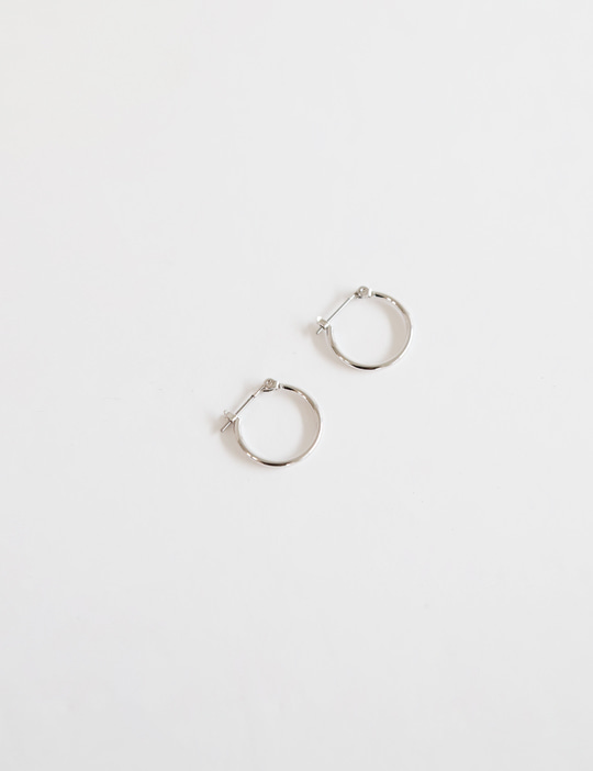 DAILY RING EARRING